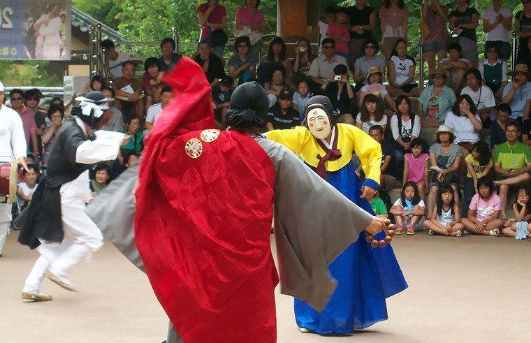 danse-masques-village-hahoe
