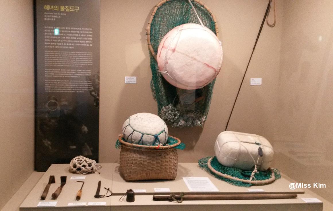 Ensemble de matériaux de plongée avec flotteurs, filets et grattoirs