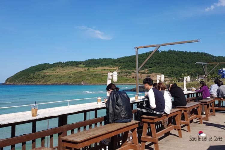 cafe delmoondo terrass plage hamdeok beach