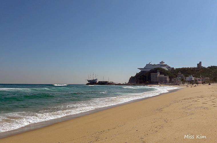 la plage de Jeongdongjin à Gangneung