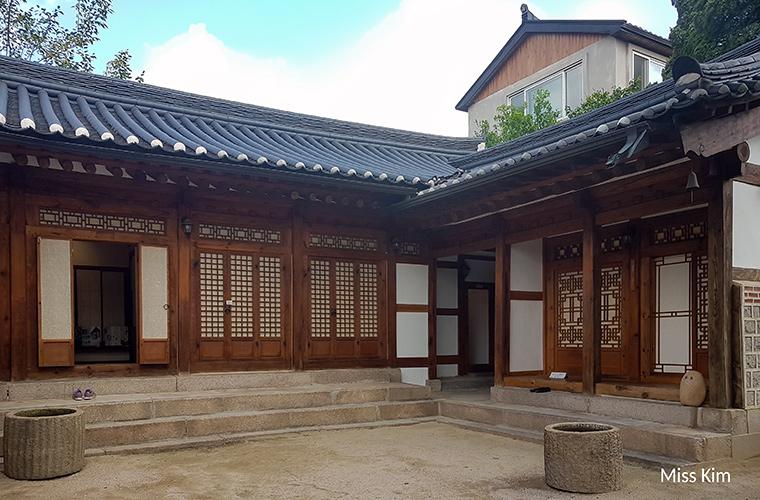 Bukchon Hanok Hall