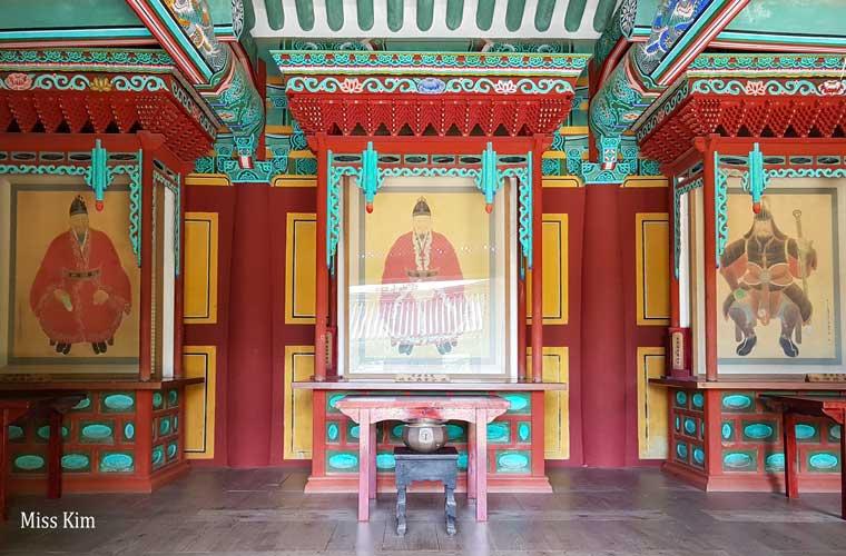 Le sanctuaire Samchungsa à Buyeo en Corée du Sud