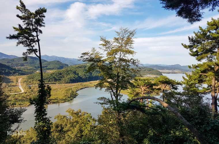 La rivière Geumgang à Buyeo en Corée du Sud
