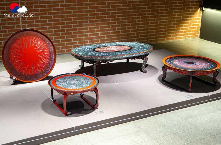 Exposition d'oeuvres coréennes en laque et en nacre