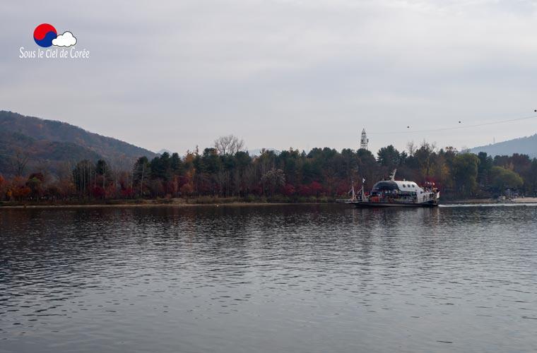 île de Namiseom vue depuis le ferry