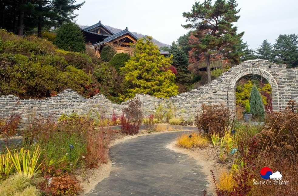 Jardin d'Éden au Jardin du Matin calme en Corée du Sud